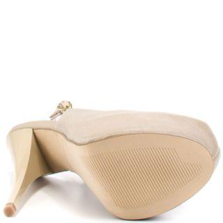 Alludde – Bone Leather, Steve Madden, $98.99