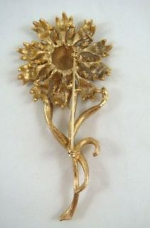 Vintage Kramer Designer Rhinestone Gold Tone Floral Brooch Pin Earring