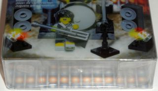 This auction is for 1 LEGO Rock Band Minifigure Accessory Set 850486