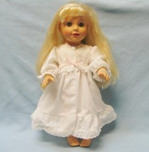 LAURA ASHLEY DOLL 2001 ~ 18 Blonde Hair Blue Eyes w Clothes Bracelet