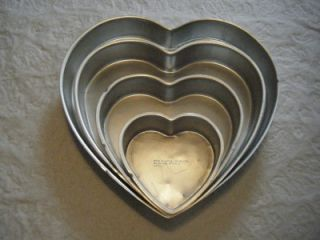 Layer Cake Tiered Pan Set 4 PC Heart Wedding Anniversary Vintage
