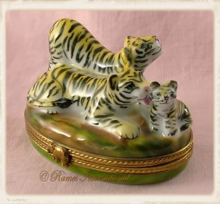 Limoges Porcelain Trinket Box, Tiger Family, Mother, Father, Baby, New