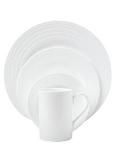 Linea Soho bone china dinnerware