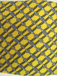 You are bidding on a LUCIANO FIRENZE Yellow Blue Print Silk Neck Tie