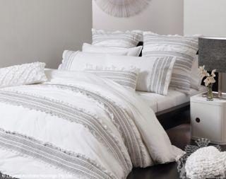 Ruffled MIA White 6 Pce Super King Size Quilt DOONA Cover Set Smocking
