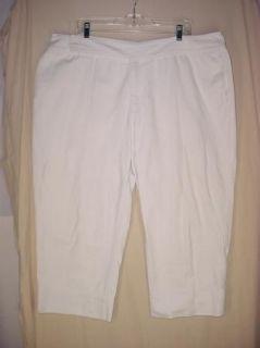 Venezia Womens Jeans Capri White Plus Size   size 22   meas. 42 x 24