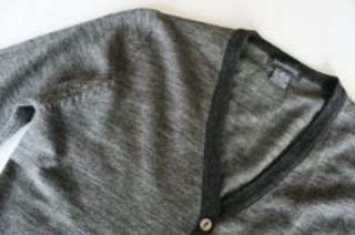 MENDOCINO Gray 100% Merino Wool Stretch Button Down Cardigan Sweater
