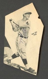 Mel Ott Autographed Newspaper clipping New York Giants HOF 500 HR Club