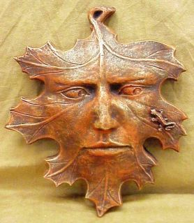 Home Garden Decor Greenman Leaf Lizard Sculpture