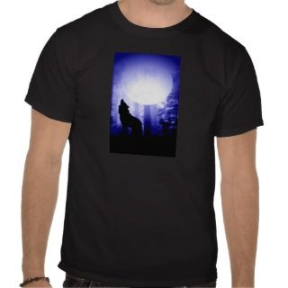 Lonely Wolf Howling at Moon Tee Shirts
