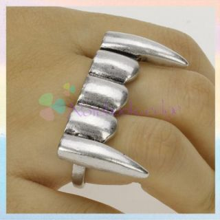Vintage Punk Gothic Halloween Vampire Teeth Double Two Finger Ring