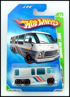 Hot Wheels Treasure Hunt 2009 Silver GMC Motorhome
