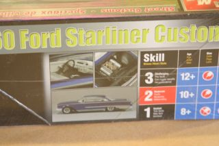 AMT Ertl 1 25 Model 1960 Ford Starliner Custom New