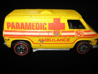 Redline Hot Wheels Yellow Paramedic Redliner Car Hotwheels HK 1974