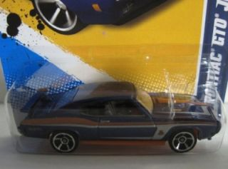 Hot Wheels 70 Pontiac GTO Judge 2012 Factory Hologram Master Set 1