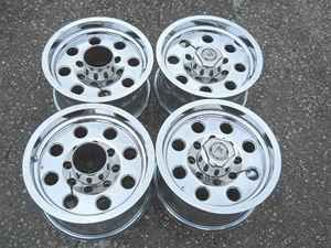 16 American Racing Chrome Wheel Set 8 Lug 170mm LKQ