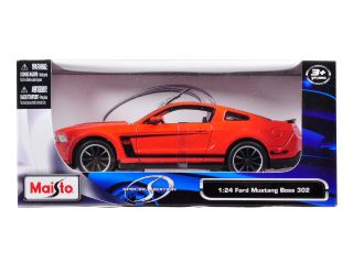 Brand new 124 scale diecast model car of 2011 Ford Mustang Boss 302