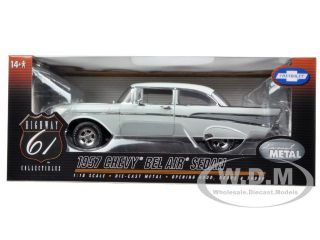 Brand new 118 scale diecast model car of 1957 Chevrolet Bel Air Indio