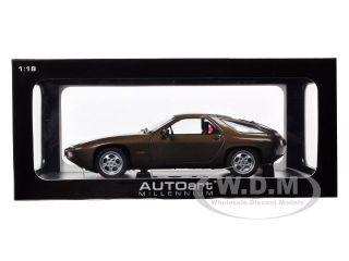 Porsche 928 Tabac Brown Metallic 1 18 Diecast Car Model by Autoart