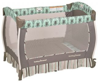 Baby Trend Deluxe Musical Nursery Center Playard w Bassinet Provence