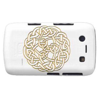 Golden Celtic Knot Blackberry Bold Case