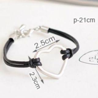 New Fashion Style Love Heart Bracelet Free Ship