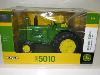 Up for sale is a 1/16 JOHN DEERE 5010 Collector Edition tractor with