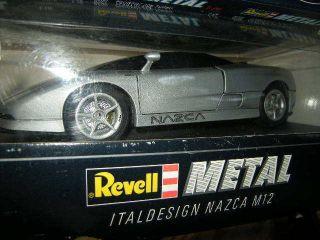 18 Revell Italdesign NAZCA M12 silber/silver OVP
