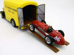 500 Race Car Transporter Ferrari 1950 gelb / yellow 143 Exoto