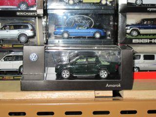 Volkswagen Amarok pickup truck 1/43 model car minichamps