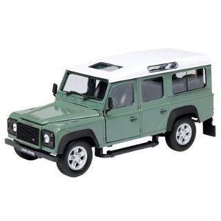 3317087   Land Rover Defender, grün, 124 Spielzeug