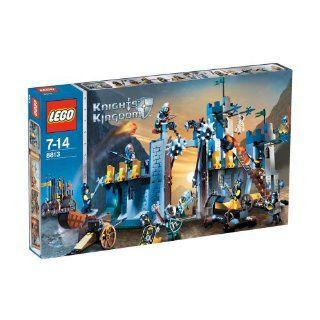 LEGO Knights Kingdom 8813   Das Tor zum Bergpass Spielzeug