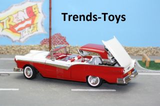 SST 08021 1:18 1957 Ford Fairlane 500 Skyliner flame red mit Klappdach