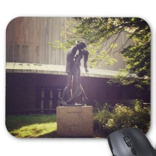 Romeo and Juliet, Central Park, New York City Mouse Pad