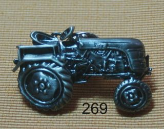 Landwirtschaft Traktor Schlepper Trecker Pin Button TOP 268