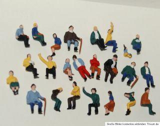 In der Stadt / 23 sitzende Figuren Konvolut Preiser HO 187