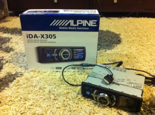 ALPINE IDA x305 iPhone iPad Car Digital Media Receiver