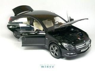 Mercedes Benz CLS 350 V6 CGi 2010 Noir métal Obsidian   Norev 1/18