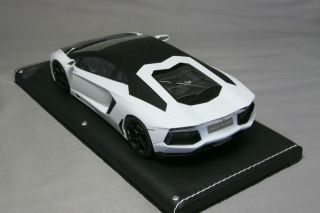 MR 1/18 Lamborghini Aventador LP700 4 1pcs One off White Matt black