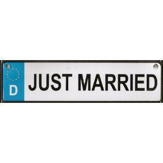JUST MARRIED METALL SCHILD MIT SAUGNÄPFE HOCHZEIT DEKO: