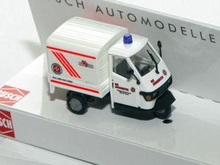 Busch 48479   Piaggio Ape 50 Johanniter