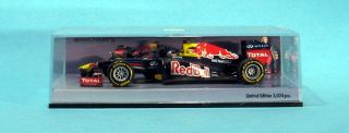 MINICHAMPS 410120071 Red Bull Racing Showcar 2012 Sebastian Vettel 1