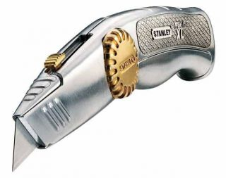STANLEY FatMax Xtreme Cutter Messer 0 10 819 massiv. Gehäuse + 10