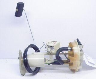 RENAULT Laguna B56 1.8 Kraftstoffpumpe Benzinpumpe 7700825250G