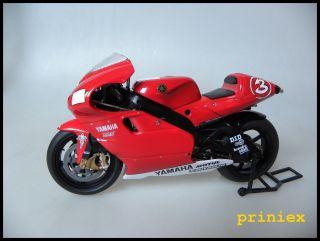 IXO 1:12 Yamaha YZR 500 Max Biaggi 2001 Race Bike Motorrad Moto GP NEU