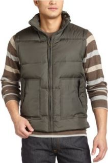 Levis Mens Puffer Vest,Olive,Small Clothing