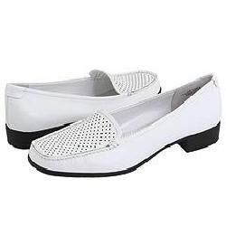 AK Anne Klein Vama White Leather Loafers   Size 8