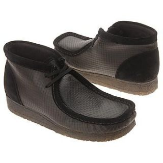 Clarks Wallabees Black Laser Size 7.5: Shoes