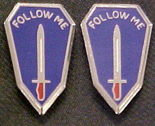 Infantry School Distinctive Unit Insignia   Pair Clothing