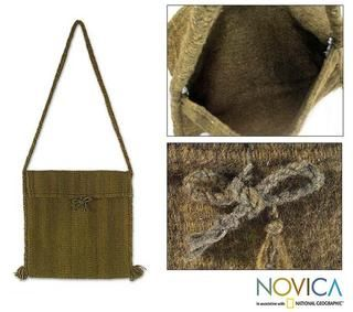Handcrafted Wool Green Olive Shoulder Bag (Mexico)